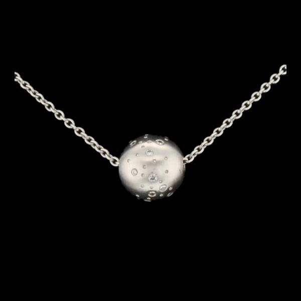 Collier Or gris diamants 0.10 carats.