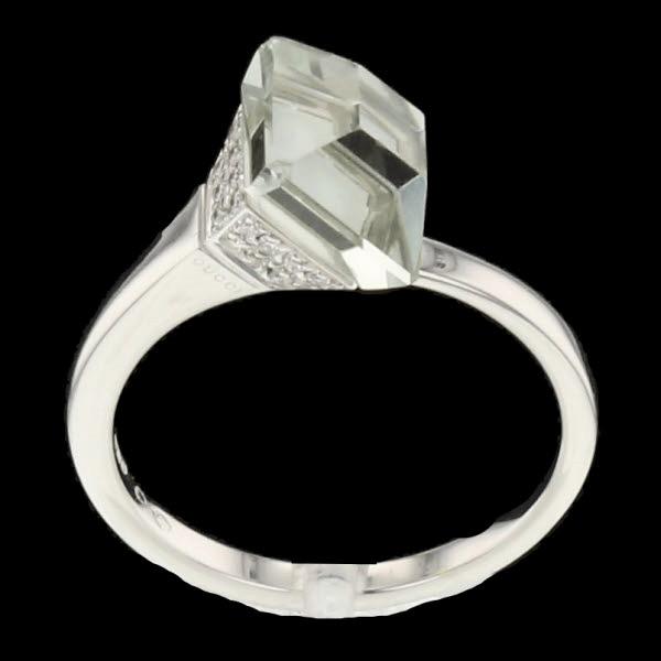 Bague or gris nacre quartz bleu diamants