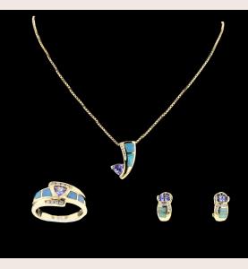 Gelbgold Tanzanites, Opales, Diamanten
