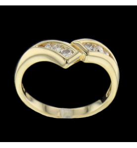Bague en or jaune diamants