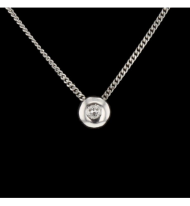 Solitaire in white gold...