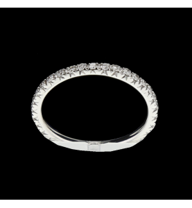 Eternity Ring 0.33 Karat goldgrau.