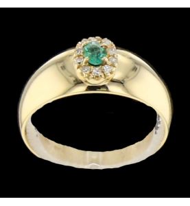 Emerald yellow gold ring and diamonds
