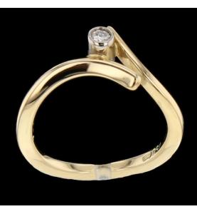 Yellow gold 0.06 carats