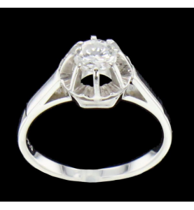 Solitaire ring White gold 0.50 carats