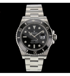 Rolex Submariner Date...