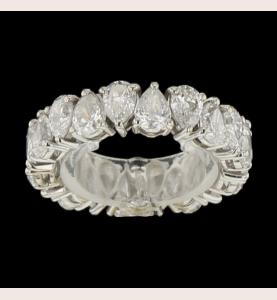 Pear-shaped diamonds Eternity ring