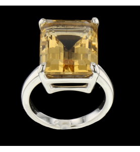 TIFFANY AND CO. RING TOPAZ