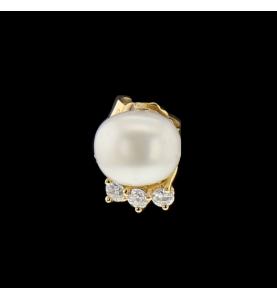 Boucles d'oreilles or jaune perle et diamants