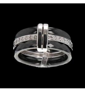 Guy Laroche Ring