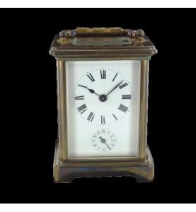 Uhr mit Tischwecker