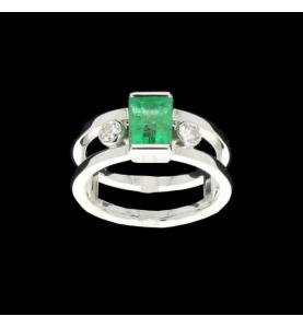 Ring Gold Smaragdgrau und Diamanten