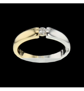 Ring two Gold and Diamond 0.10 carats.