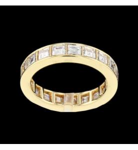 Eternity Ring Gelbgold und quadratische Diamanten