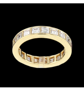 Eternity Ring Yellow gold and square diamonds