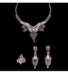 Métal gris diamants et rubis